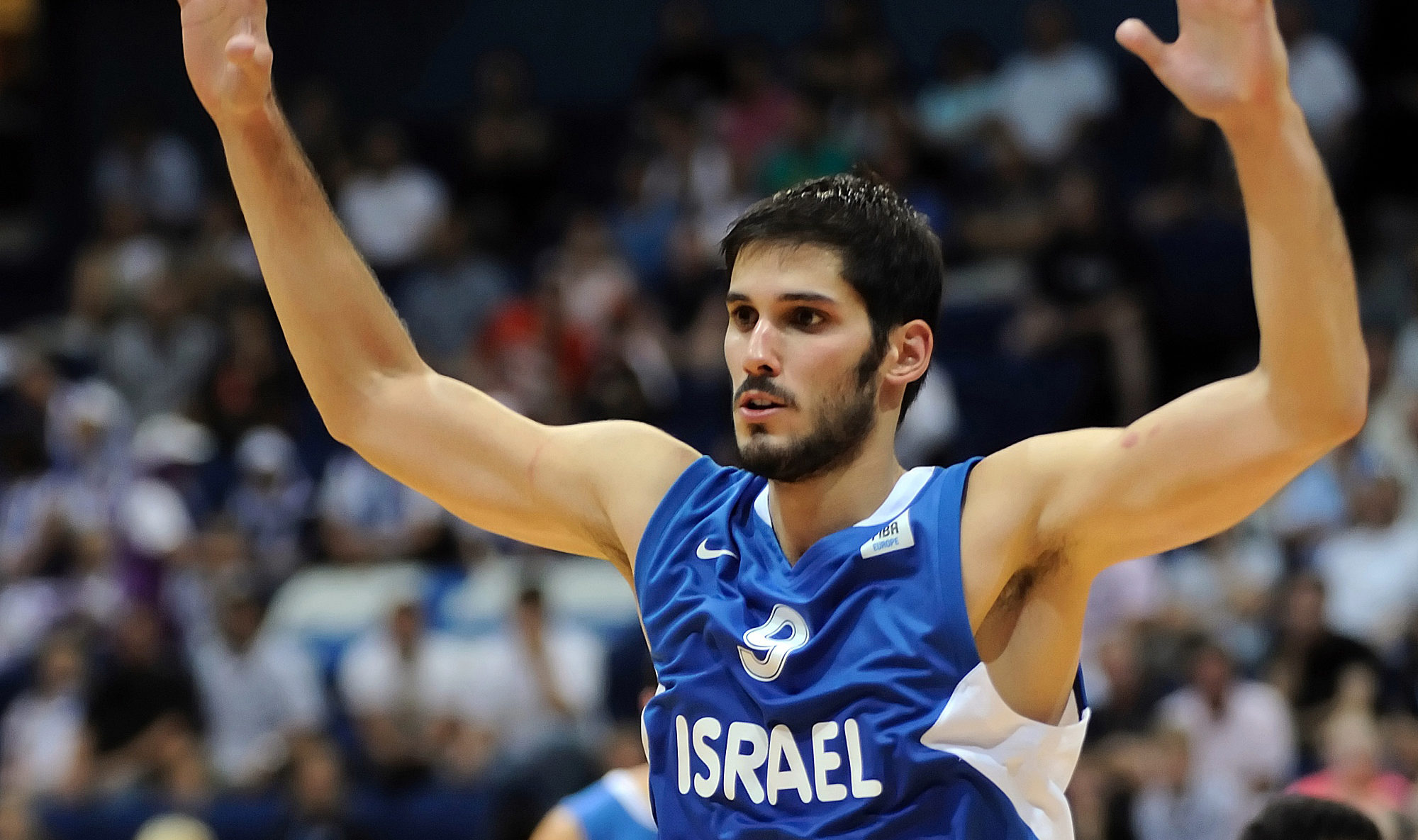 Omri Casspi on the court in an Israel jersey