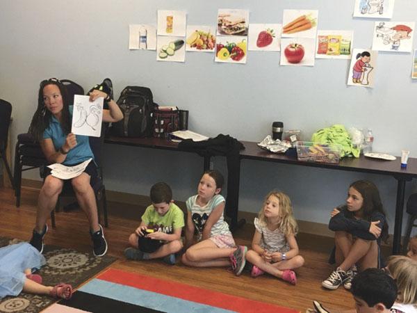 Elle McCool teaches at Tayasim Hebrew immersion camp. (Photo/Jessica Nemire)