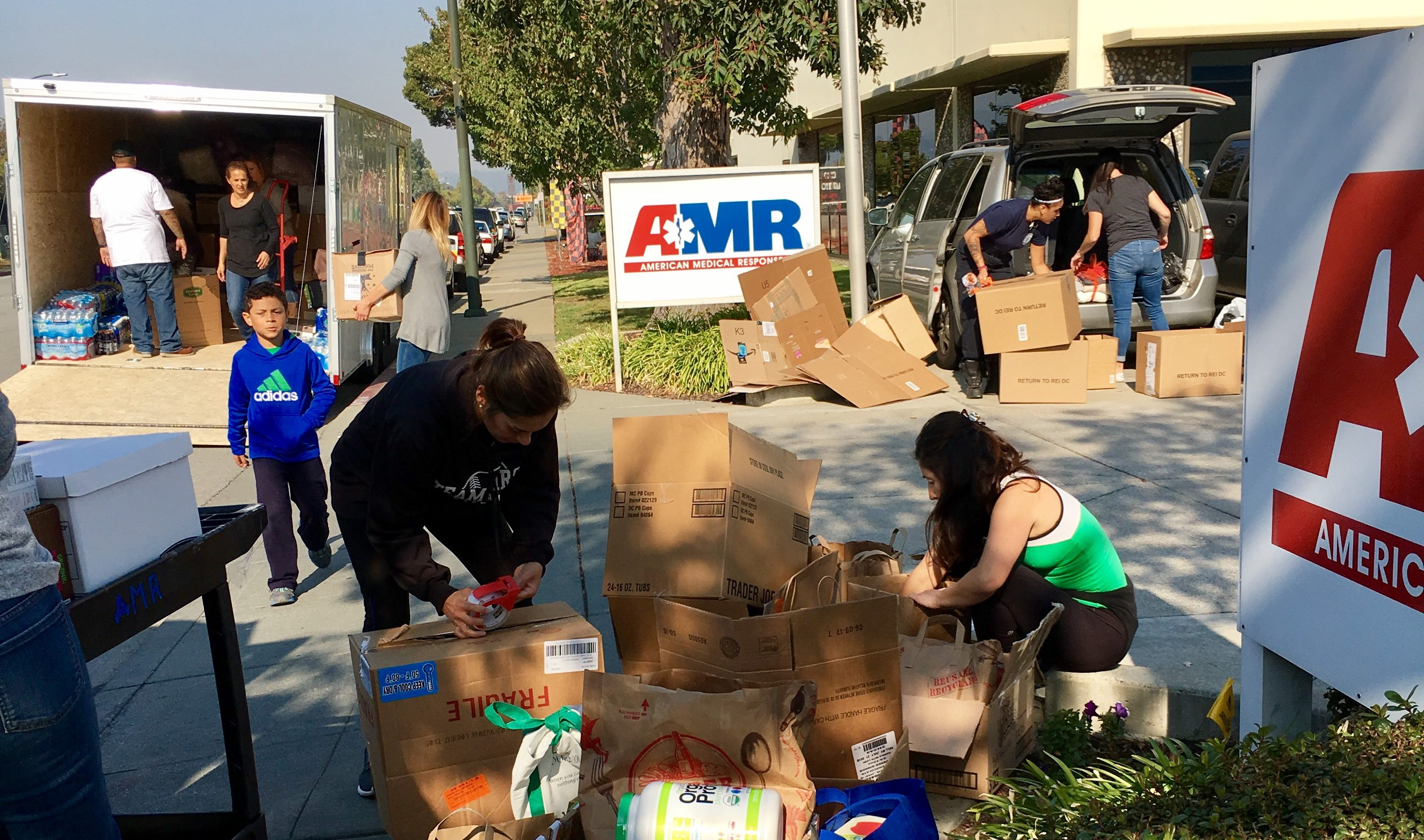 Peninsula JCC volunteers delivering relief items to American Medical Response in San Mateo, Oct. 13, 2017 (Photo/Courtesy PJCC)