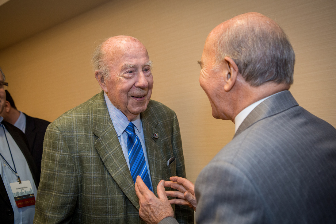 Reagan-era secretary of state George Shultz was honored in Oakland in Nov. 2017 for his role in helping Soviet Jewry in the 1980s. (Photo/Kate Fim)