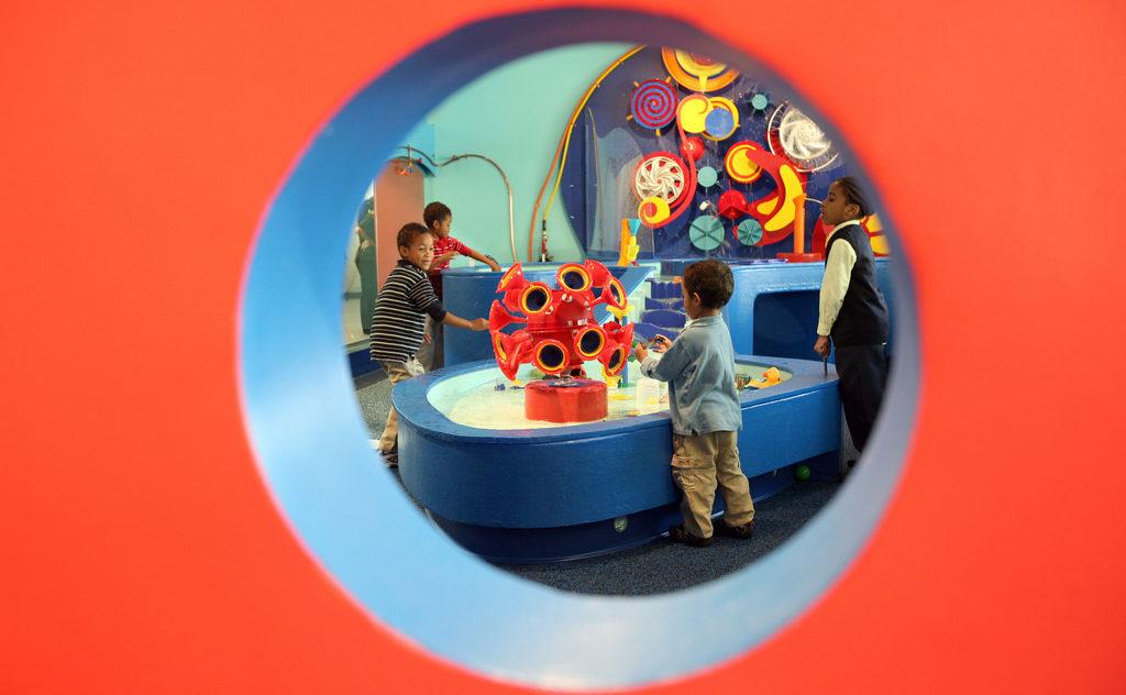 Children exploring the Brooklyn Children's Museum (Photo/Flickr-Brooklyn Children's Museum CC BY 2.0)