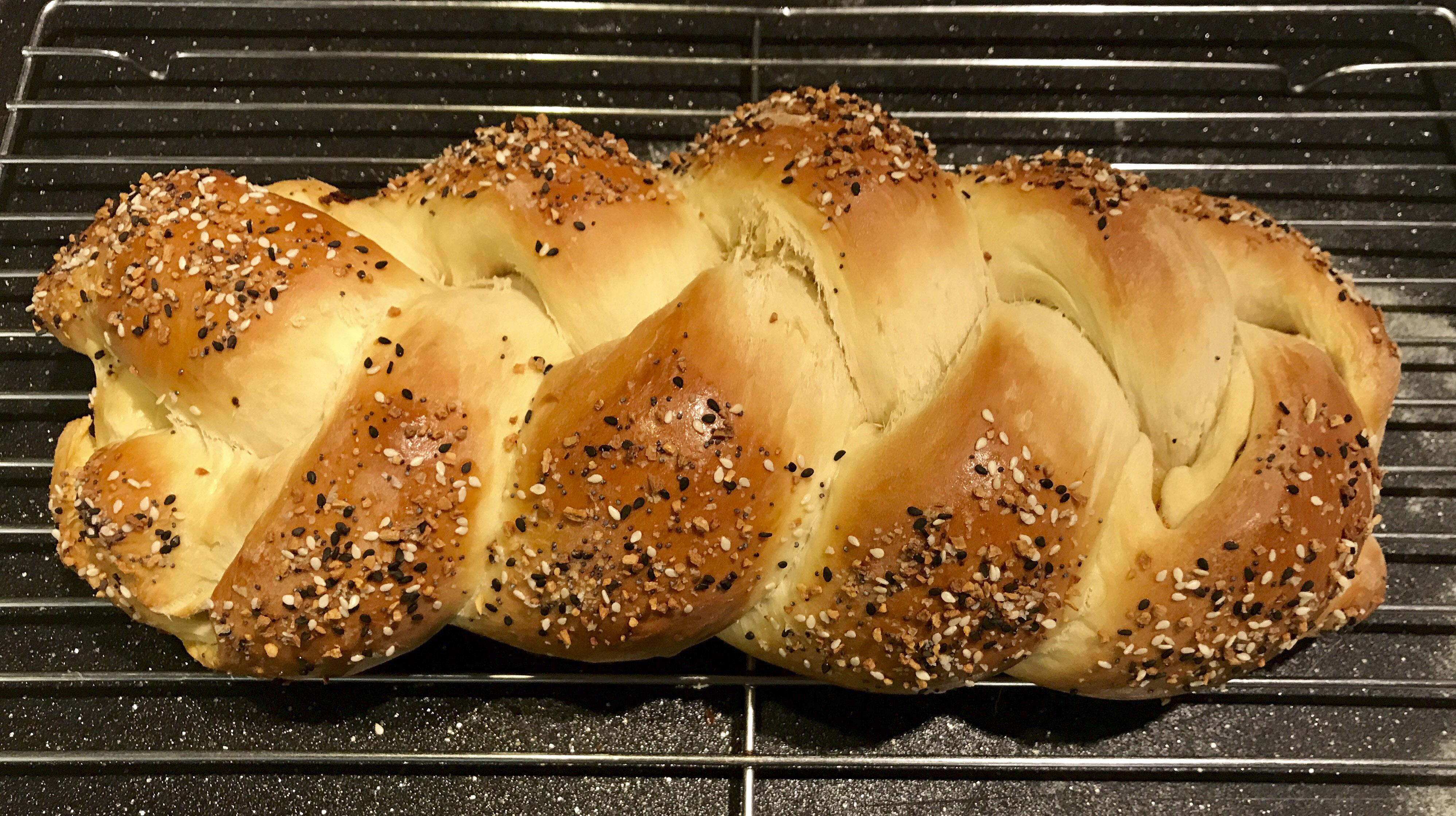 Faith Kramer's Onion-Stuffed Challah with Everything Topping (Photo/Faith Kramer)