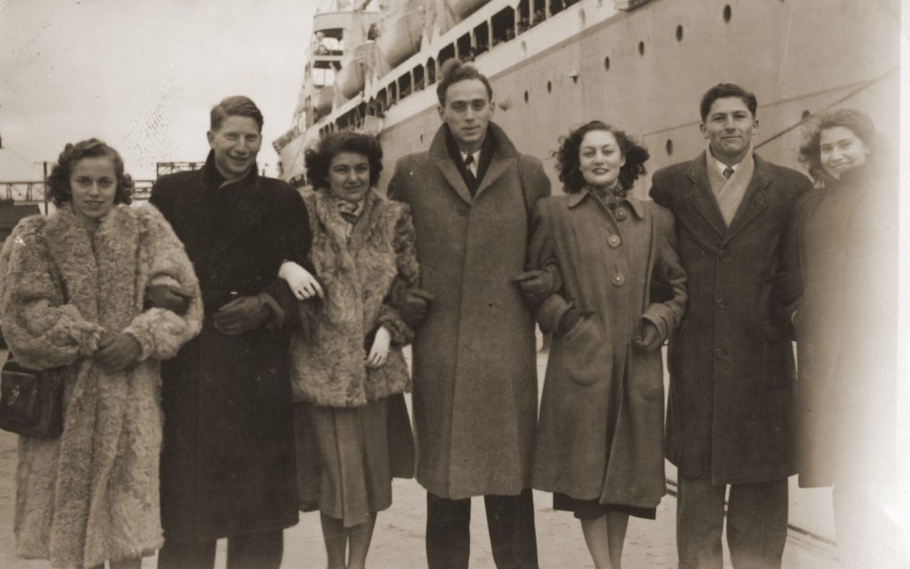 Jewish refugees arrive in San Francisco from Shanghai, 1949. Second from left: fashion designer Ilie Wacs, who later cowrote a book about the Shanghai Jews. (Photo/United States Holocaust Memorial Museum, courtesy of Ilie Wacs)