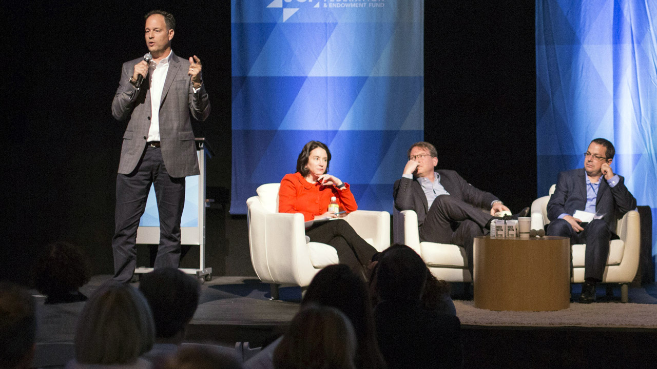 Zack Bodner, CEO of the Oshman Family JCC, speaks at the opening session of the Zionism 3.0 conference, Oct. 15, 2017. (Photo/Courtesy OFJCC)