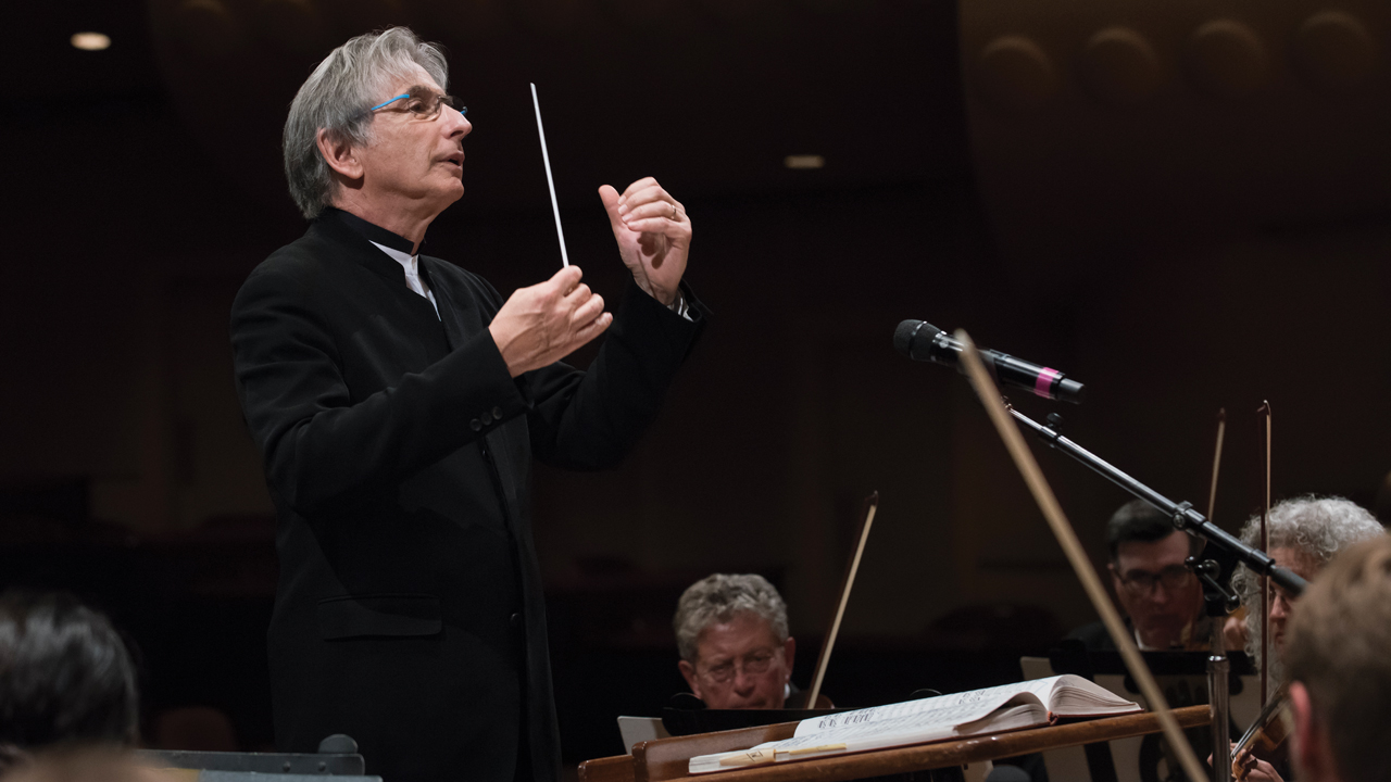 Michael Tilson Thomas conducting a rehearsal of the San Francisco Symphony (Photo/Art Streiber-Courtesy S.F. Symphony)