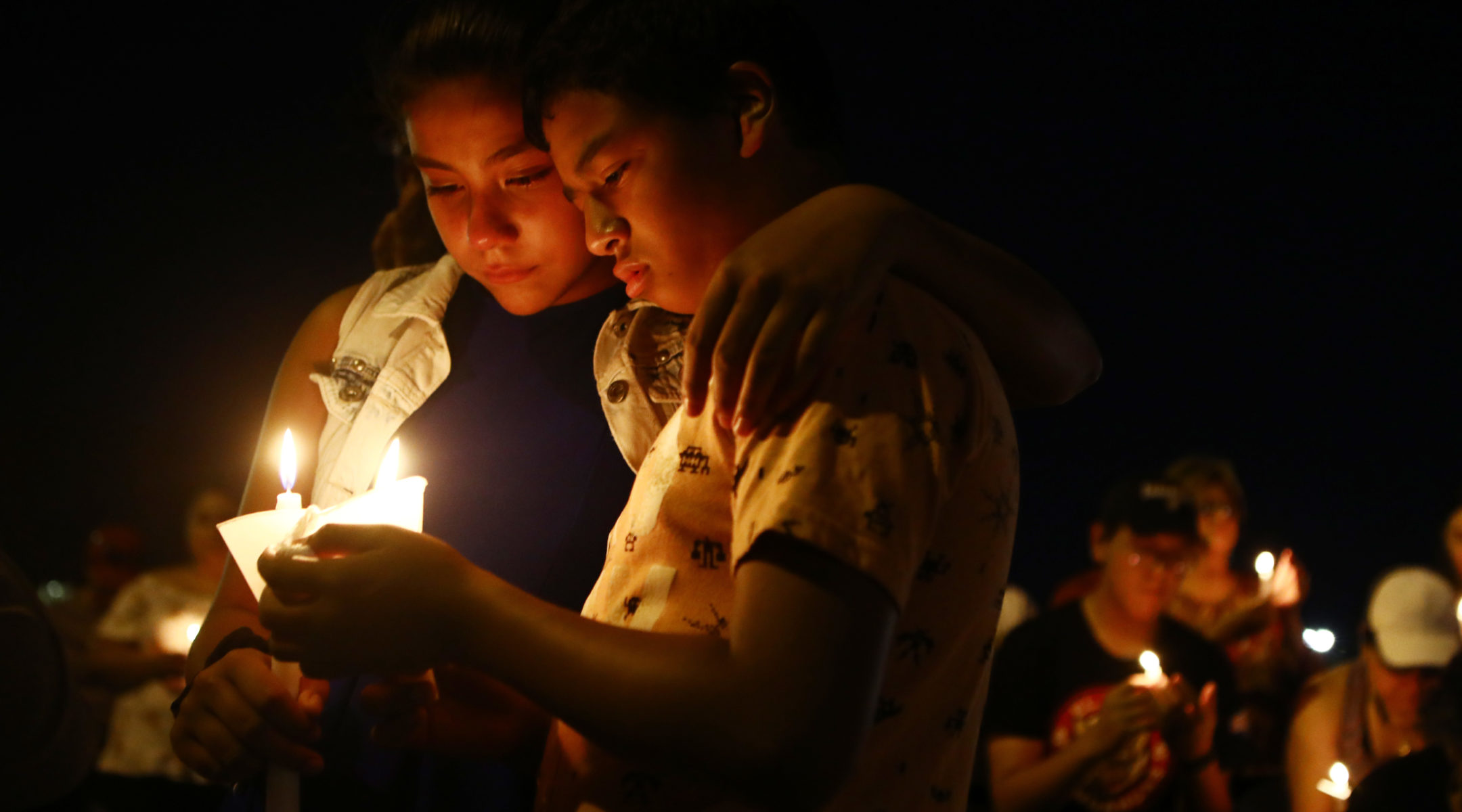 People attend a candlelight prayer vigil in El Paso, Texas, near the scene of an attack that left 22 people dead, Aug. 5, 2019. (Photo/JTA-Mario Tama-Getty Images)