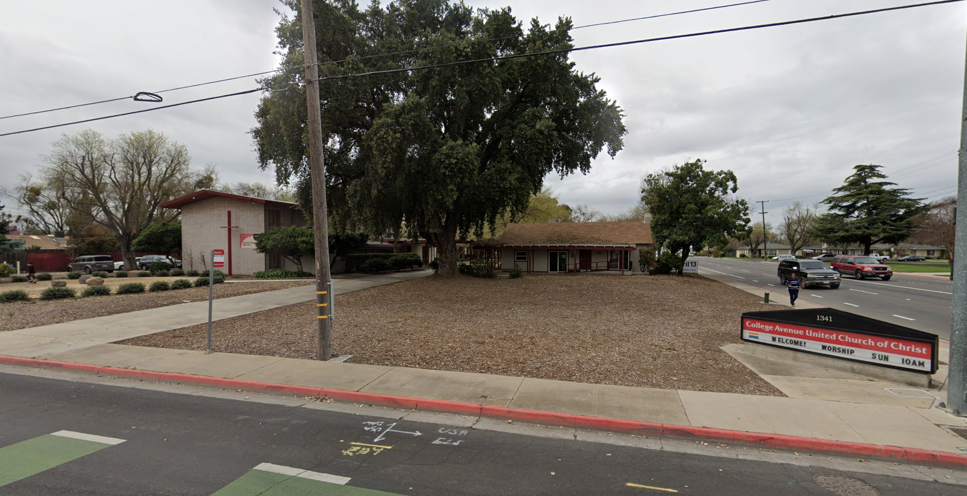 College Avenue United Church of Christ in Modesto (Google Maps)