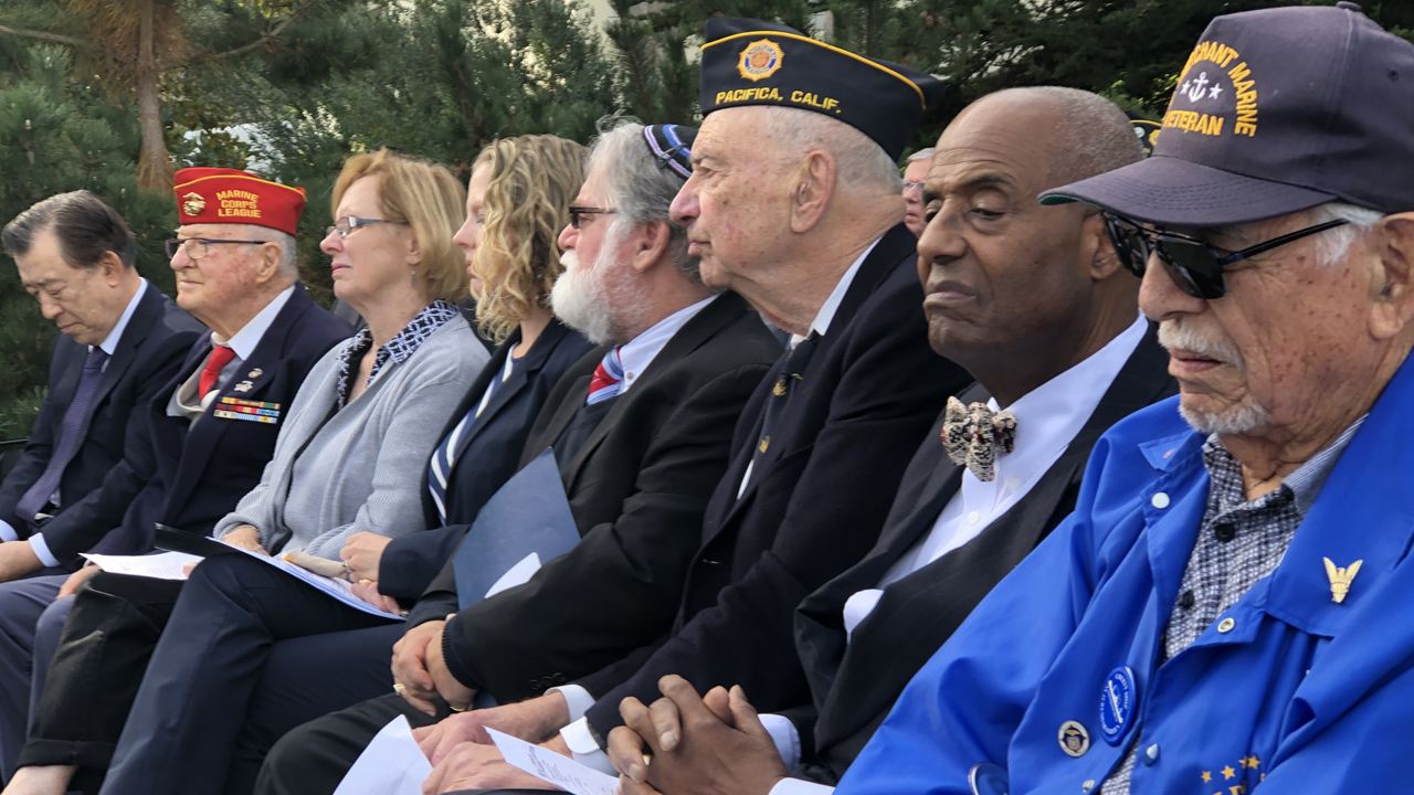Korean War Memorial Foundation president and chair Judge Quentin L. Kopp (Ret.) (third from right) and Rabbi Danny Gottlieb (fourth from right) joined other local dignitaries at a Nov. 11 ceremony to commemorate the Korean War. (Courtesy Korean War Memorial Foundation)