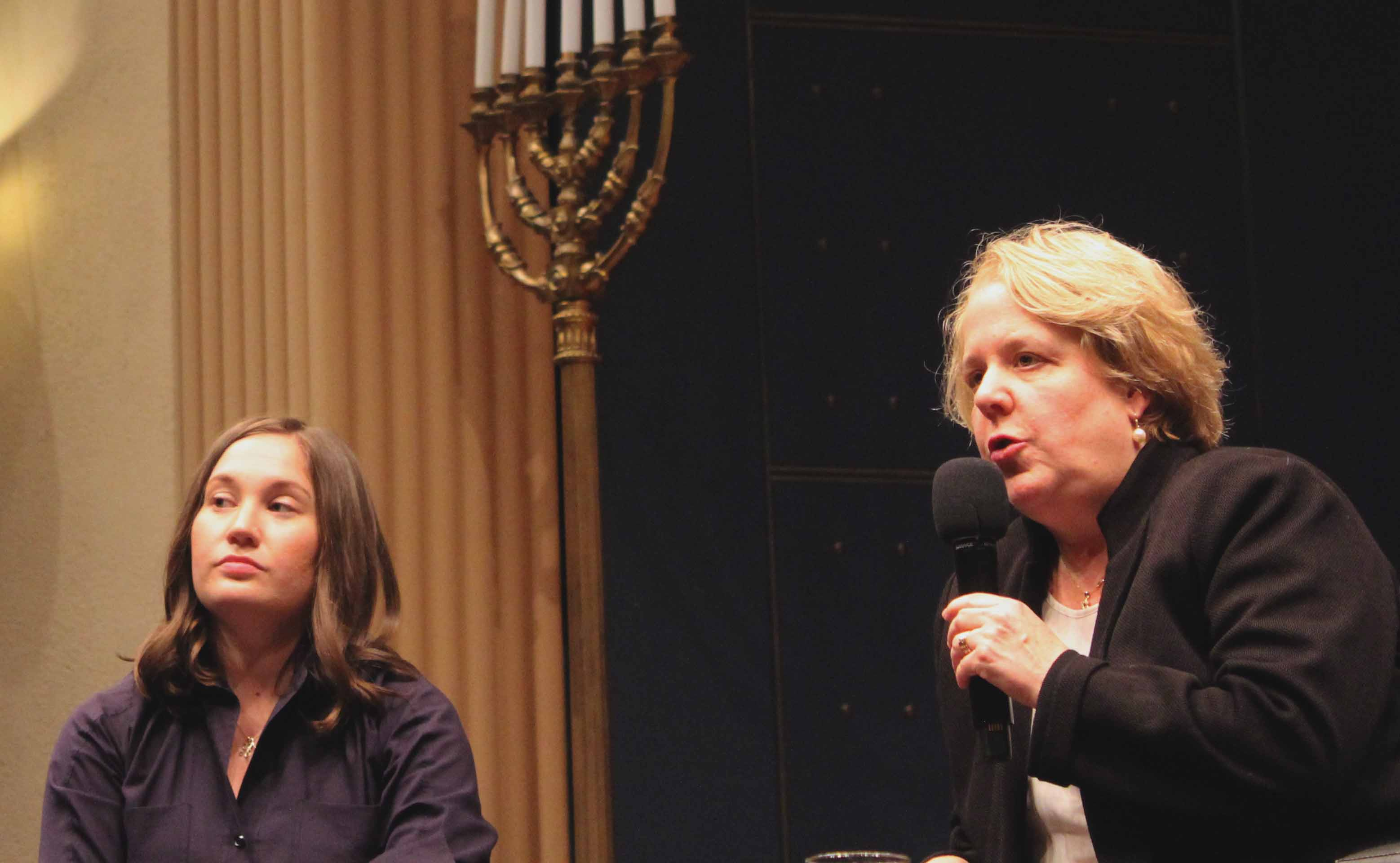 (From left) Integrity First for America Executive Director Amy Spitalnick and attorney Roberta Kaplan speak at Congregation Emanu-El on Nov. 13, 2019. (Gabriel Greschler)