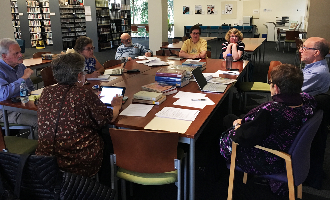 Oct. 6 drop-in genealogy session at the Jewish Community Library in San Francisco with members of the San Francisco Bay Area Jewish Genealogical Society. (Courtesy SFBAJGS)