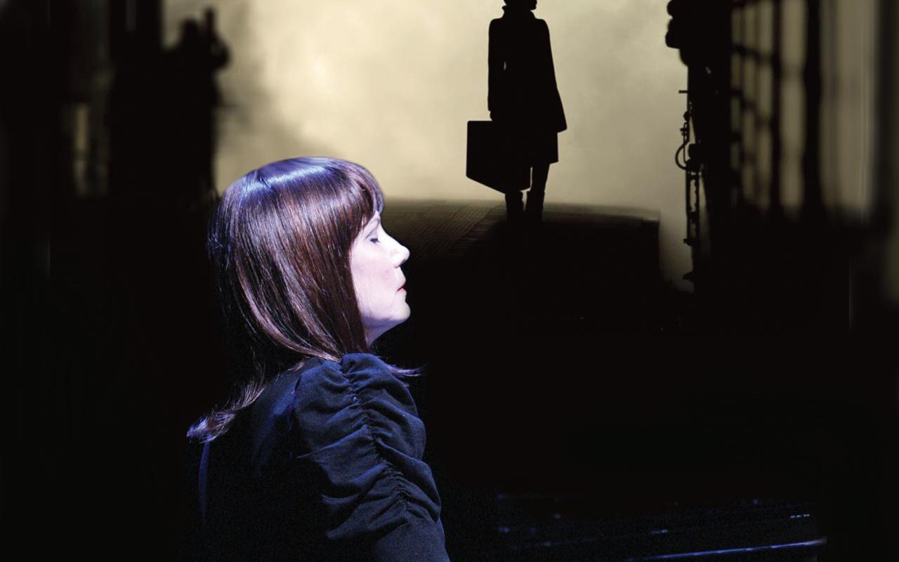 """Mona Golabek in """"The Pianist of Willesden Lane."""" (Courtesy Hershey Felder Presents)"""