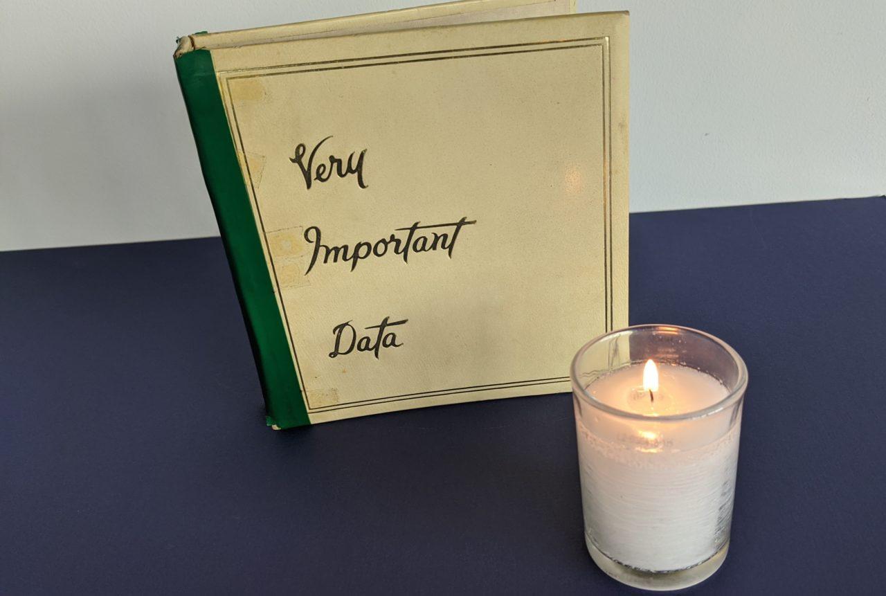 Karen Galatz's mother's treasured bible of contact information. (KAREN GALATZ)