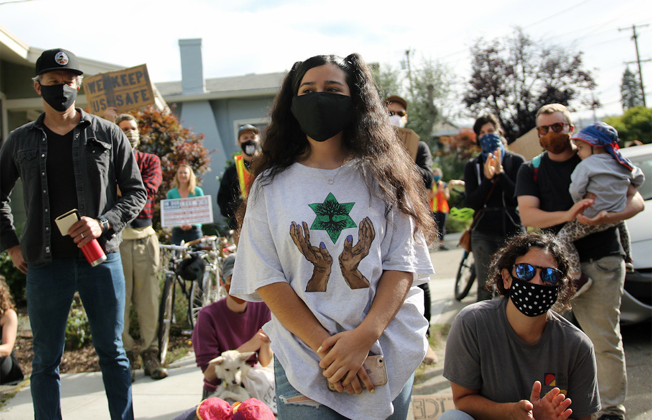 Satya Zamudio, 15, is urging Oakland's school board to eliminate its police force. (Photo/Rucha Chitnis)