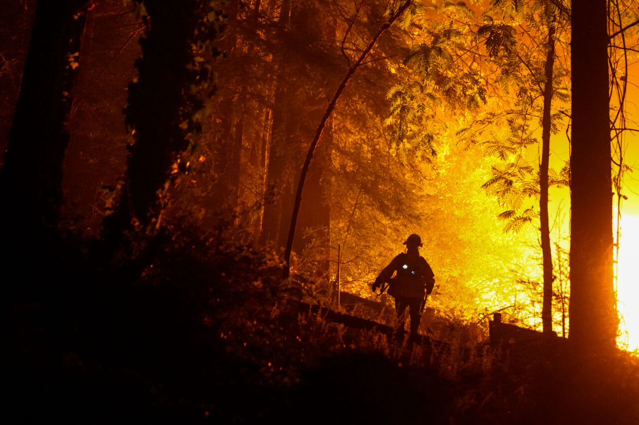 Firefighters respond to a fire in Boulder Creek in Santa Cruz County, Aug. 23, 2020. (Photo/JTA-Kent Nishimura-Los Angeles Times via Getty Images)