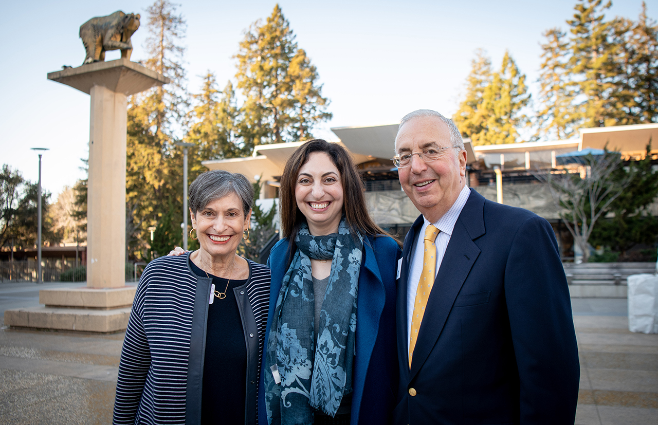 (From left) Colleen Haas, Elise Haas and Bob Haas on the UC Berkeley campus. (Photo/Keegan Houser)