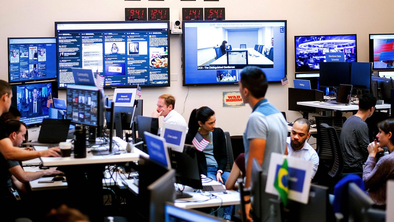 Employees work in a Facebook unit focused on the fight against misinformation and manipulation in Menlo Park in 2018. (Photo/JTA-Noah Berger-AFP via Getty Images)
