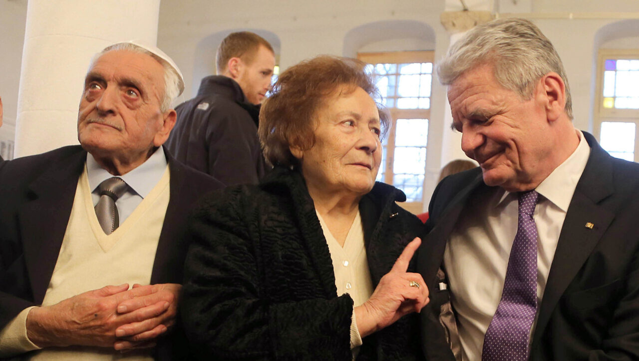 Esther Cohen is flanked by her husband Samuel (left) and German President Joachim Gauck in Ioannina, Greece, March 7, 2014. (Photo/JTA-Wolfgang Kumm-picture alliance via Getty Images)