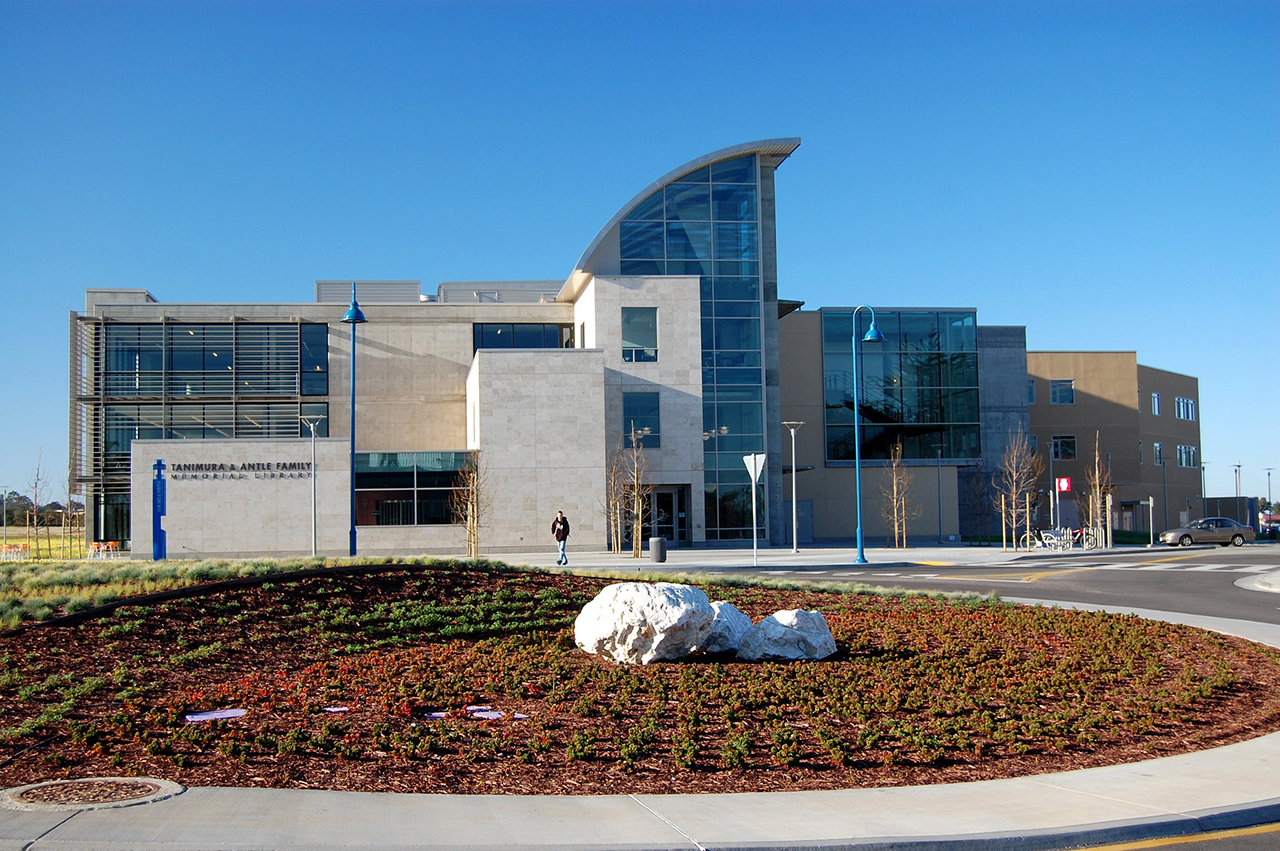 The Tanimura and Antle Family Memorial Library at Cal State University, Monterey Bay. (Photo/Flickr-CSUMB)