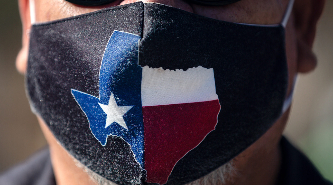 San Jose Hotel engineering manager Rocky Ontiveros, 60, wears a Texas mask on March 3, 2021 in Austin, Texas. (Photo/JTA-Montinique Monroe-Getty Images)