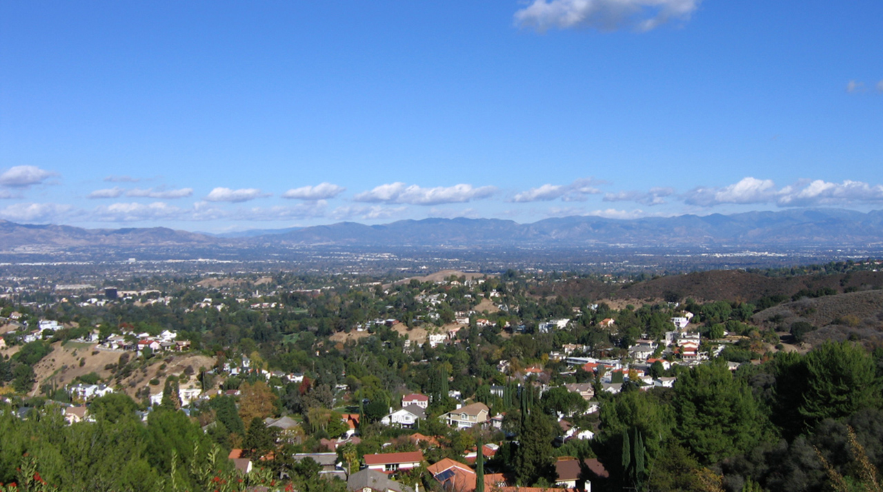 View of the San Fernando Valley from the Santa Monica Mountains. (Photo/Wikimedia-Oakshade CC BY-SA 3.0)