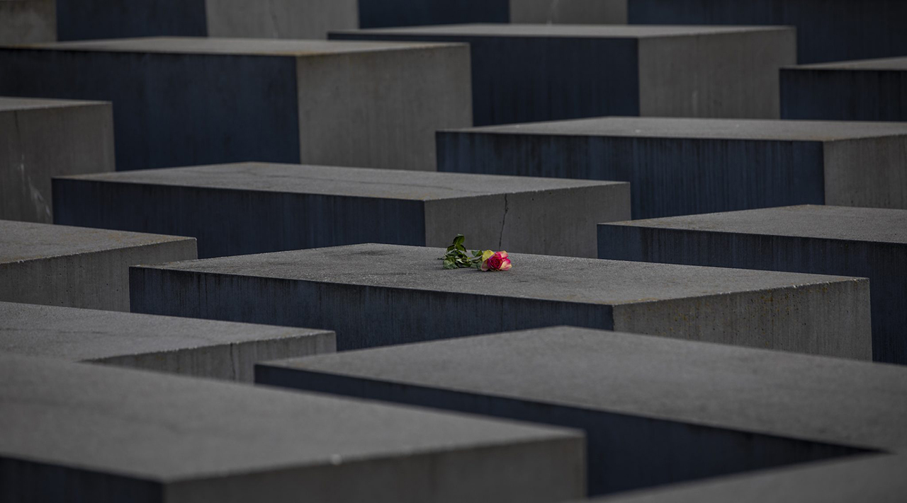 A rose is placed on the Berlin Holocaust Memorial on International Holocaust Remembrance Day on Jan. 27, 2021. (Photo/JTA-Maja Hitij-Getty Images)