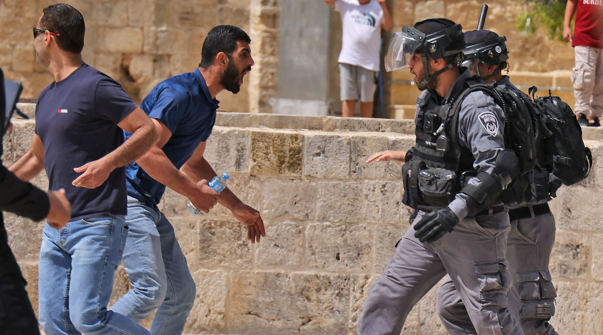 Israeli police and Palestinian Muslim worshippers clash at Jerusalem's Al-Aqsa Mosque, May 21, 2021. (Photo/JTA-Ahmad Gharabli-AFP via Getty Images)