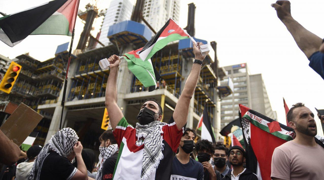 Pro-Palestinian protesters at Yonge-Dundas square in Toronto, May 22, 2021. (Photo/JTA-Arindam Shivaani-NurPhoto via Getty Images)