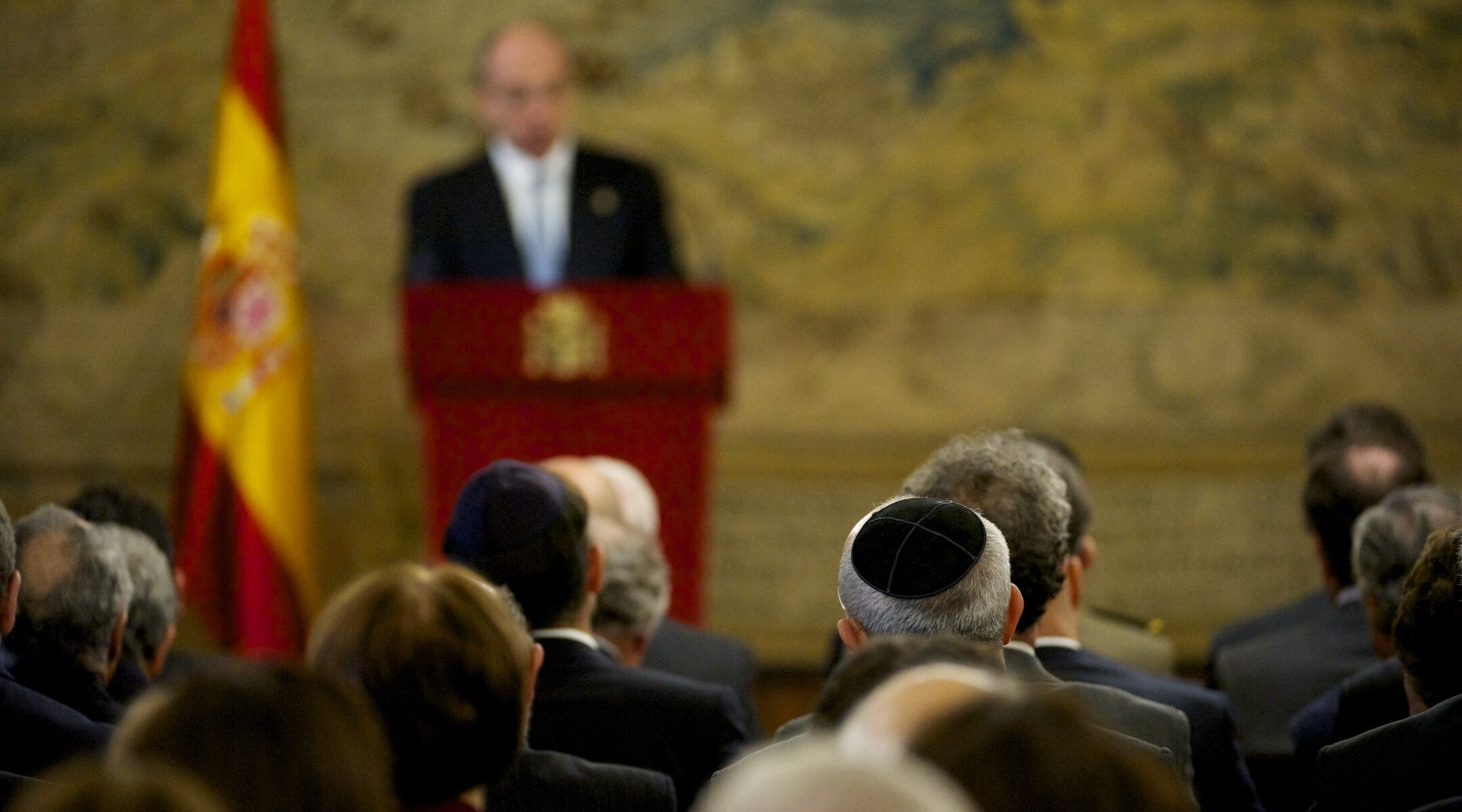 A ceremony at Spain's Royal Palace in Madrid marked the passing of a law granting citizenship to Sephardic Jews, Nov. 30, 2015. (Photo/JTA-Juan Naharro Gimenez-WireImage-Getty Images)