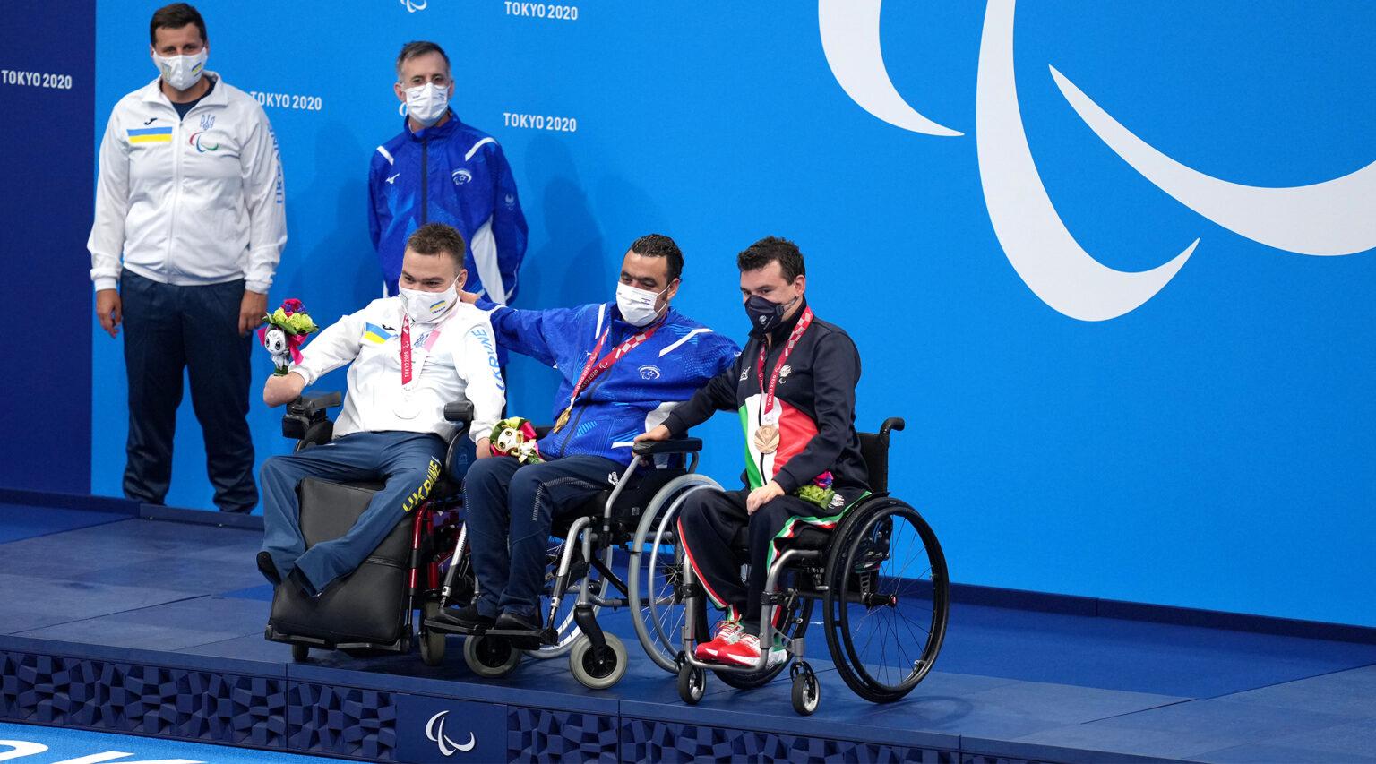 Israel's Iyad Shalabi (center) won gold in the Men's 100m Backstroke - S1 Final at the Tokyo 2020 Paralympic Games. (Photo/JTA-John Walton-PA Images via Getty Images)