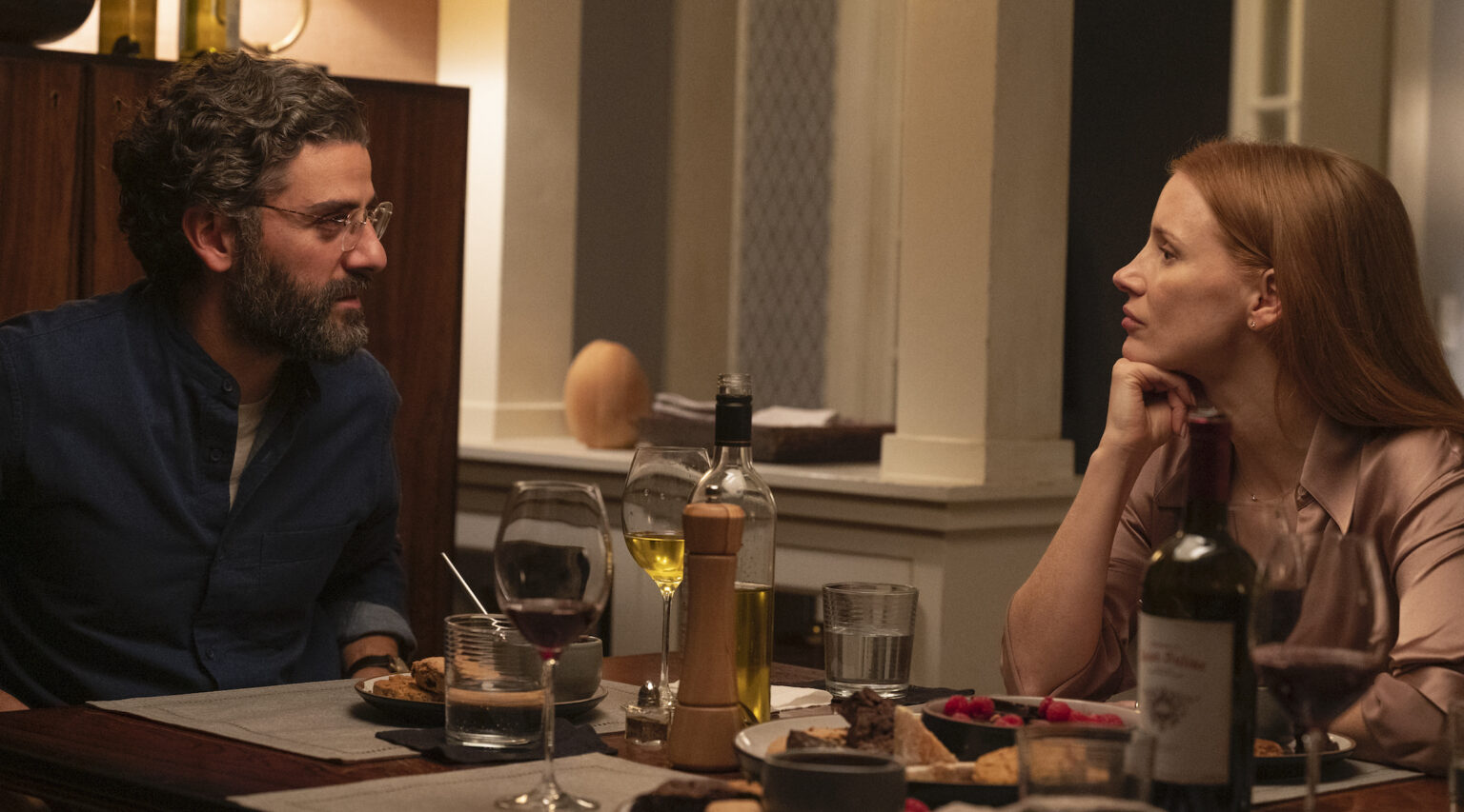 """Oscar Isaac and Jessica Chastain in """"Scenes From a Marriage."""" (Photo/JTA-Jojo Whilden-HBO)"""