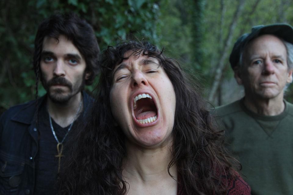 Loolwa Khazzoom (center) with bandmates Sean Sebastian (left) and Robbie Morsehead (right). (Photo/Ettie Wahl)